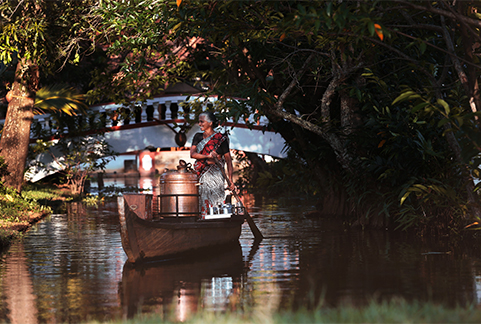 20170405144824PMSmallcoconut-lagoon-evening-chai-on-a-boat-1.jpg